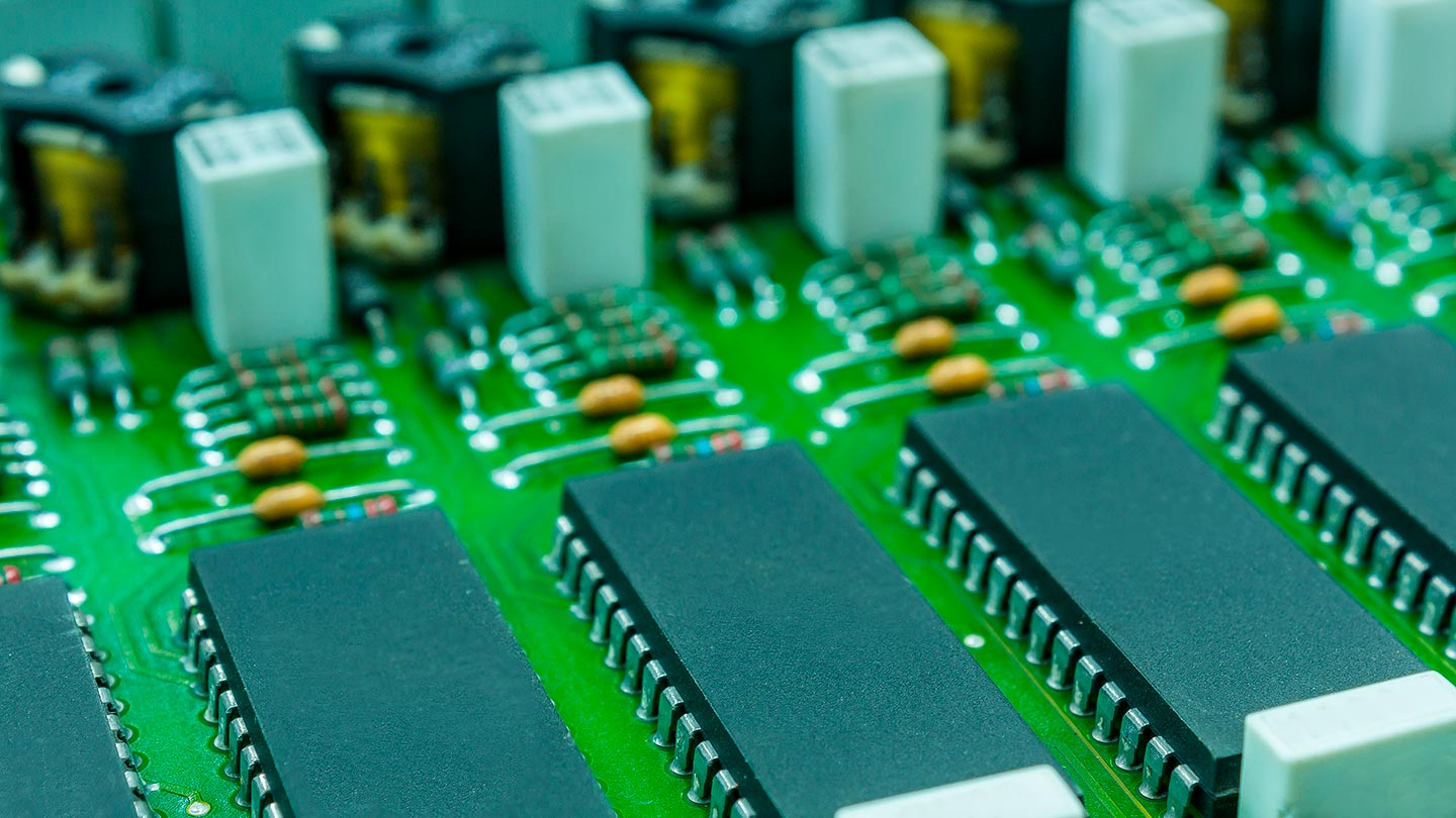 Electronic component with circuit board close up