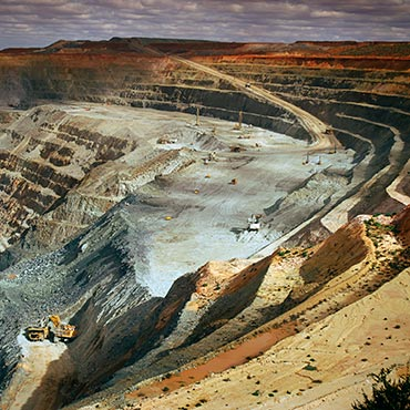Wide angle elevated view of an open cut pit